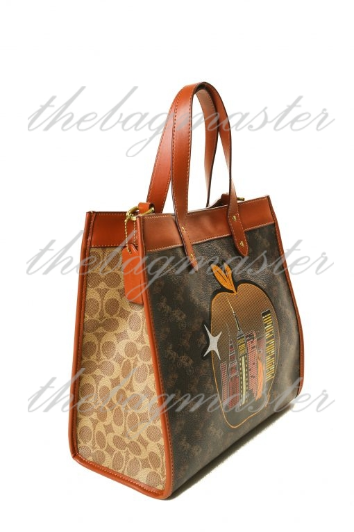 Coach Field Tote In Signature Canvas With Big Apple Skyline